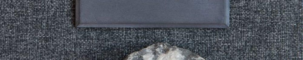 farbmuster_beton_schwarz_natur